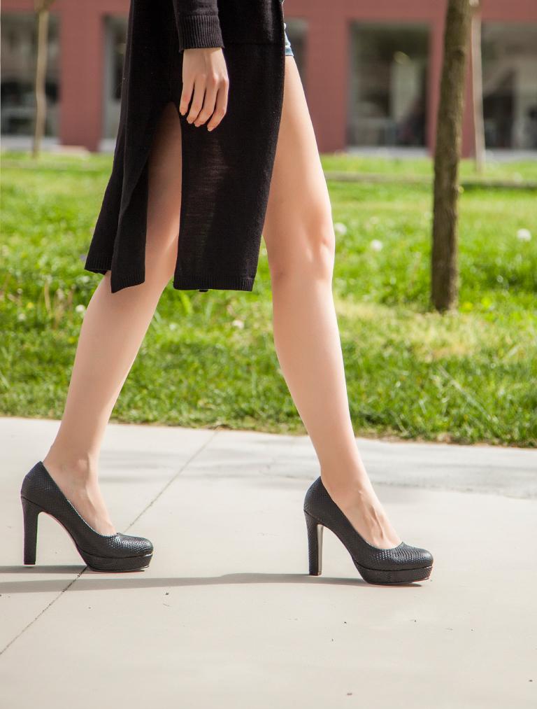 PLATFORM TOPUKLU Lisa Siyah Yılan Platform Topuklu
