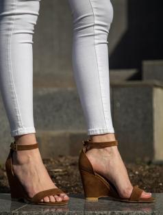 Athens Taba Süet Dolgu Topuk Sandalet