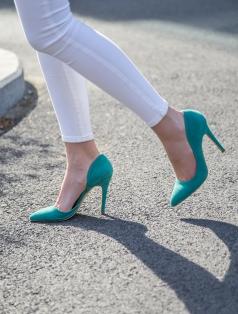 Annora Mint Yeşili Süet Dekolte Stiletto