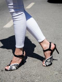 Wagner Siyah Beyaz Yılan Topuklu Ayakkabı