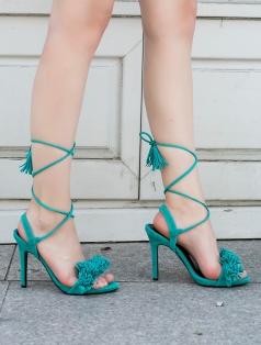 Clorinda Mint Yeşil Süet Püskül Topuklu Sandalet