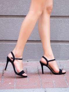Evra Siyah Süet Topuklu Sandalet